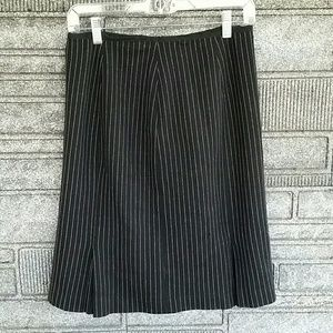 Kay Unger black/pink pleated skirt size 6